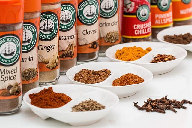 7 common spices and their shelf life
