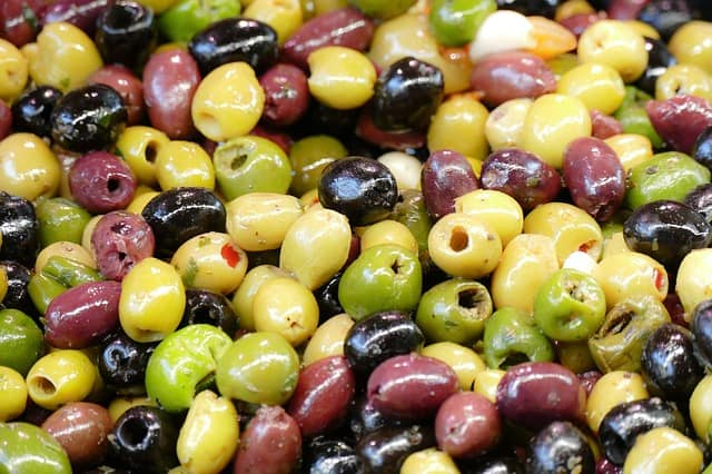 how long do olives last